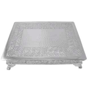 Where to find 14 X 20 X 4 SILVER CAKE RISER in Columbus
